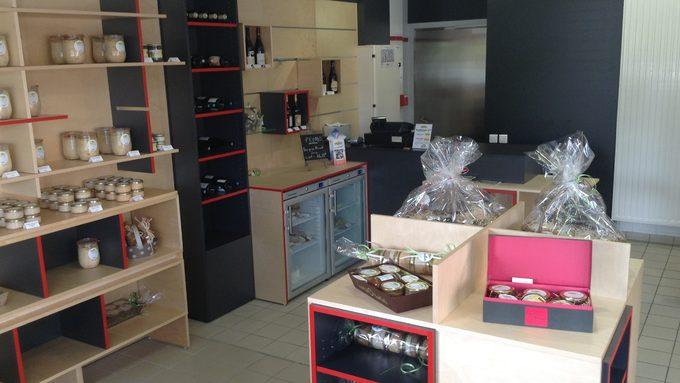 Boutique4.JPG